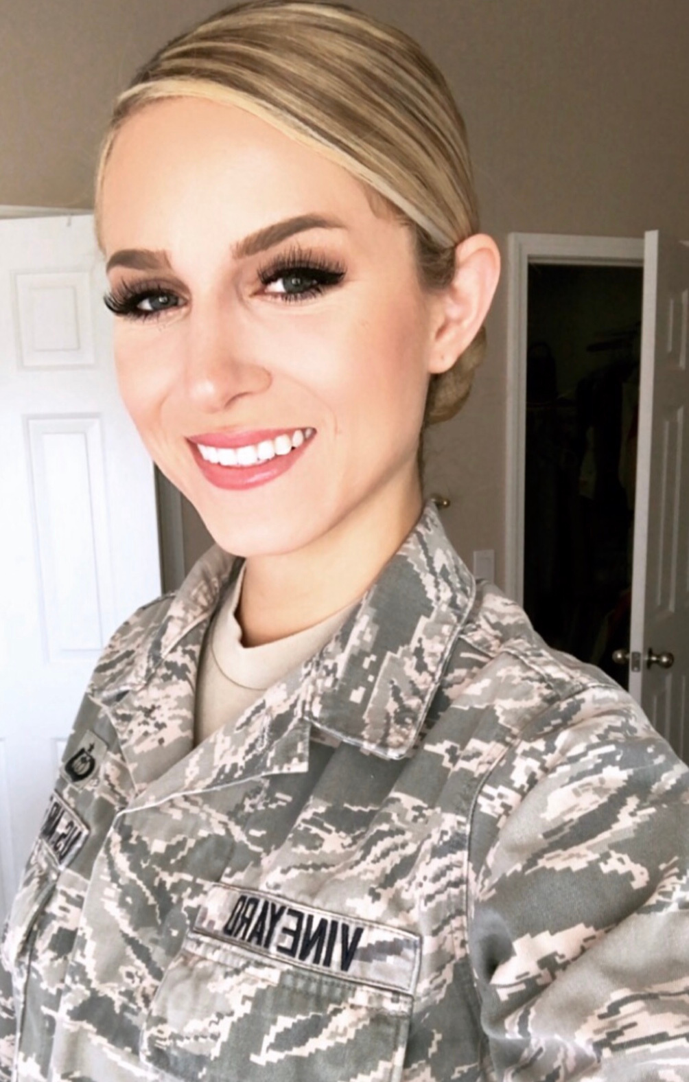 Julia Vineyard, U.S. Air Force